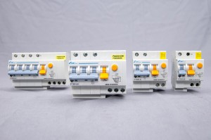 Residual-current Operated Circuit Breaker-FTB3LE